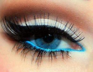 Read more about the article Best Eyeshadow For Blue Eyes And Fair Skin/ Best Eyeshadow Colors